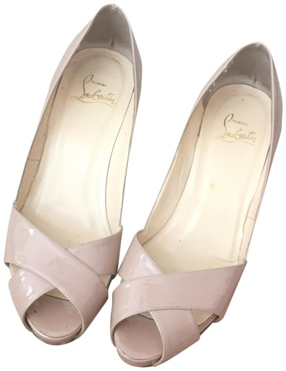Preload https://item4.tradesy.com/images/christian-louboutin-patent-nude-shelly-leather-sandals-size-eu-36-approx-us-6-regular-m-b-24049753-0-1.jpg?width=440&height=440
