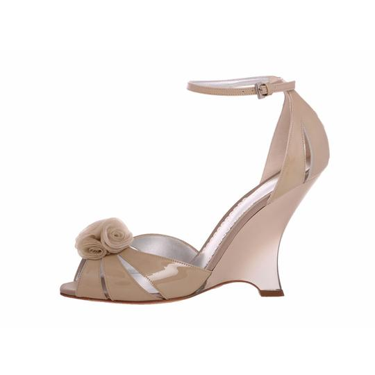 Giorgio Armani Pumps Casual Elegant Dress Dress Wedges Cream Beige Sandals