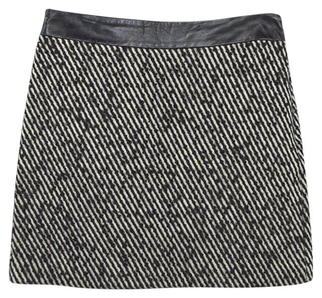 Preload https://item2.tradesy.com/images/milly-black-off-white-tweed-161-5-miniskirt-size-4-s-27-24049886-0-1.jpg?width=400&height=650