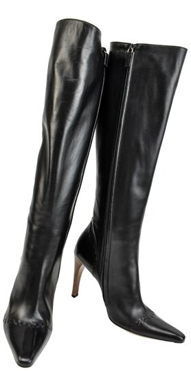 Preload https://item5.tradesy.com/images/gucci-black-leather-tall-bootsbooties-size-us-10-regular-m-b-24049899-0-1.jpg?width=440&height=440