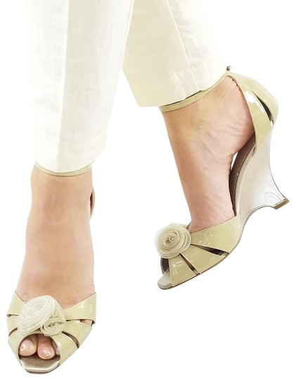Preload https://img-static.tradesy.com/item/24049901/giorgio-armani-cream-beige-new-women-patent-leather-slim-wedge-heel-peep-toe-pumps-sandals-size-us-9-0-1-540-540.jpg