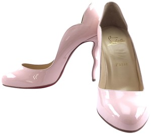 Christian Louboutin Patent Leather Wawy Dolly baby pink Pumps