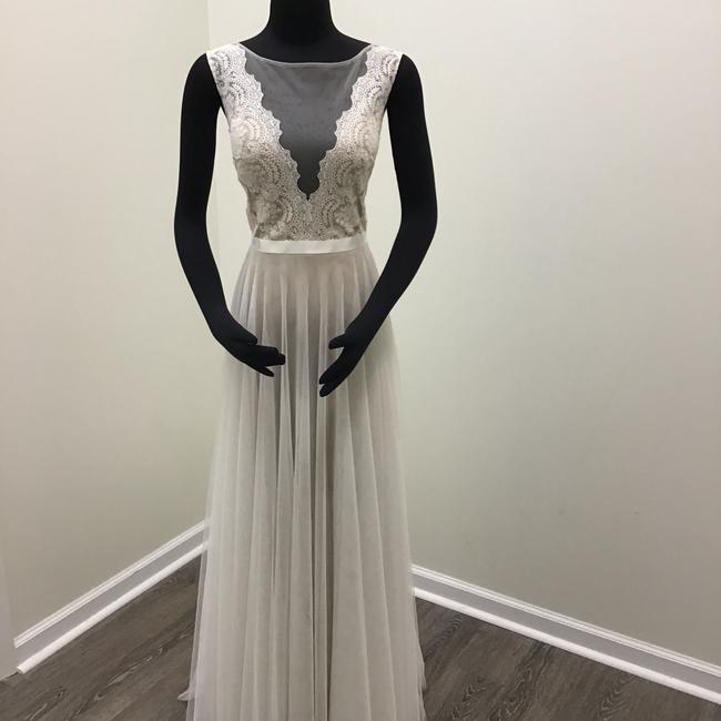 Item - Ivory/ Bronze/ Vanilla Bean Ribbon Illusion Netting Carina Lace Spanish Soft Netting Stretch Silk Charmeuse Lining Double-faced Satin Santina 6089b Casual Wedding Dress Size 8 (M)