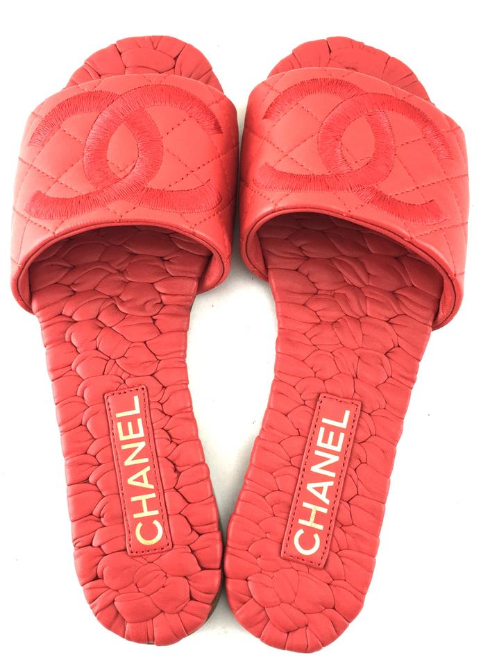 62c31a409b7e Chanel Red  22377 Cc Logo Braided Leather Slide Sandals Size EU 37.5 ...