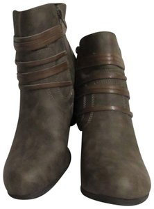 Madden Girl New 9 Brown Boots