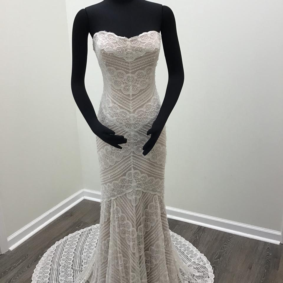 Wtoo Off White Rose Gold Beaded Circle Lace Stretch Satin Pippin 13111 Modern Wedding Dress Size 8 M 56 Off Retail