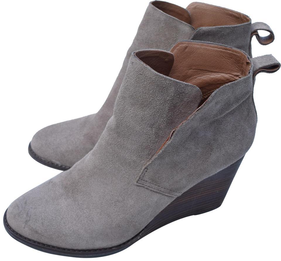 womens Lucky Brand Taupe Boots/Booties Yonianna Boots/Booties Taupe Queensland c44f3a