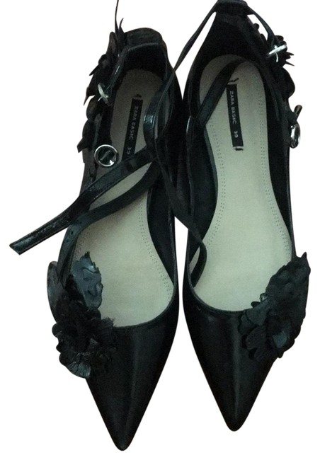 Item - Black Flats Size EU 39 (Approx. US 9) Narrow (Aa, N)