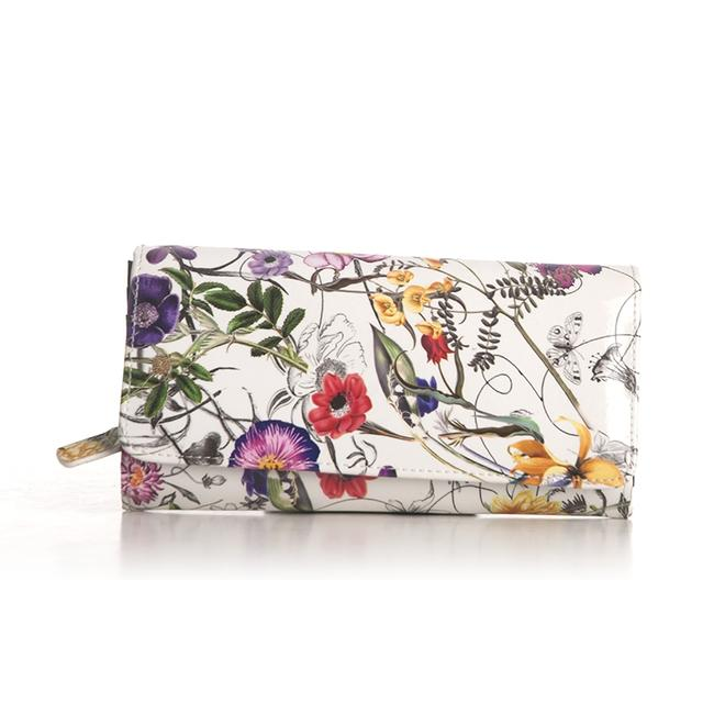 Item - White/Multi Flower Print Medium Leather Wallet