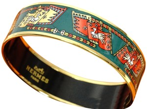 Hermès MIB AUTHENTIC HERMES Gold Enamel Bangle Bracelet in Bag Wide sz pm