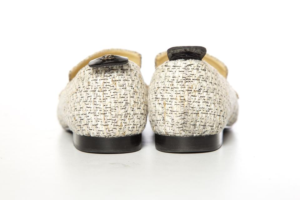 5d208bb1549 Chanel White   Gold Tweed Loafers Flats. Size  EU 38 (Approx. US 8) ...