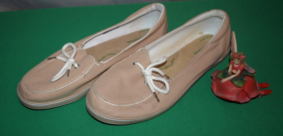 a072156dedc6a Beige High-view Slip On s Flats Size US 8.5 Regular (M