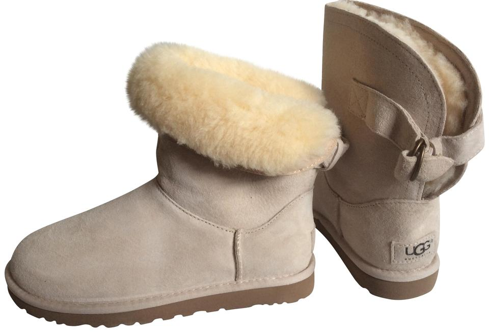 de5202c6a07 UGG Australia Fresh Snow Remora Boots/Booties Size US 6 Regular (M, B) 25%  off retail
