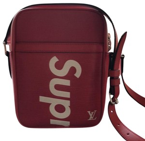 c7e8841ca70a Louis Vuitton x Supreme Bags - 70% - 90% off at Tradesy