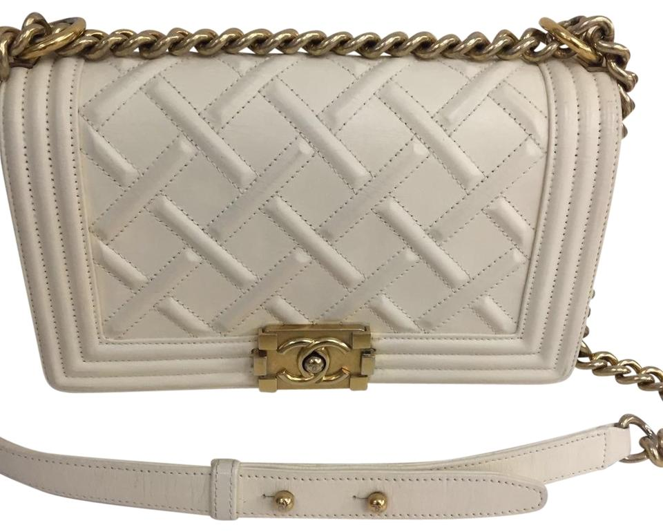 b36cc8c24604 Chanel Boy Le Medium Beige Cross Body Bag - Tradesy