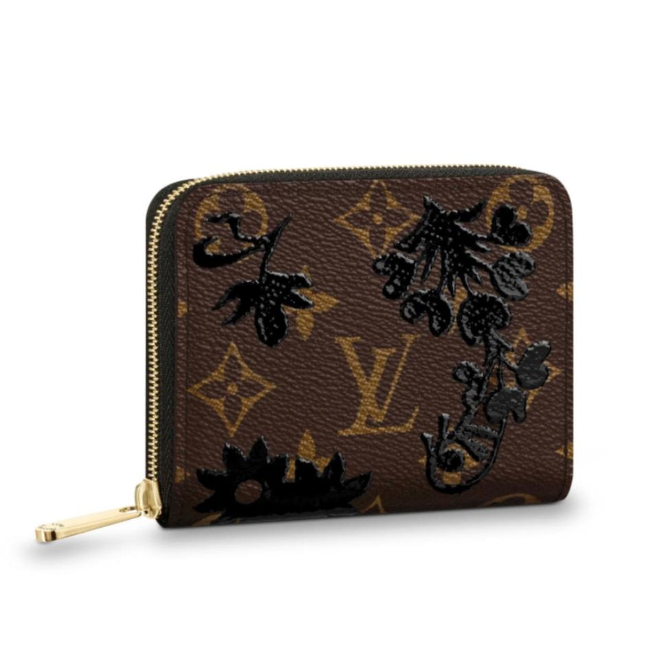 850b5c0e98ad Louis Vuitton 2018 Spring Summer Limited Zippy Coin Purse Monogram Brown  Canvas M62547 Sold Out Image