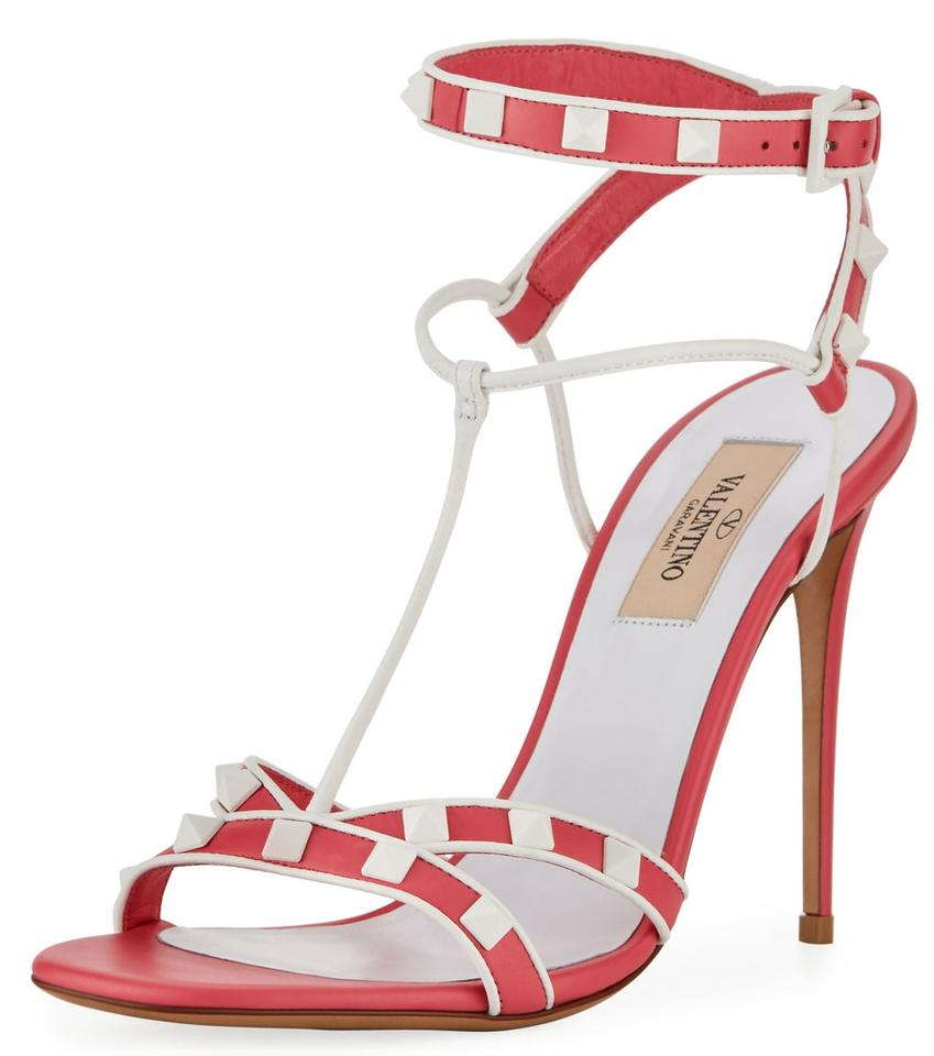81e219d32881d Valentino Shadow Pink 2018 Resort Collection Rockstud Sandals Pumps. Size   EU 38 (Approx. US 8) Regular ...