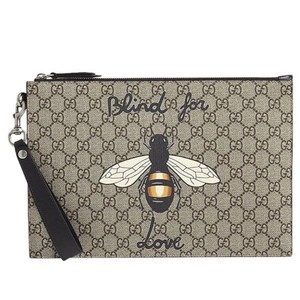 3f04c64a57b5d Added to Shopping Bag. Gucci Canvas Gg Toiletry Supreme BEIGE Clutch. Gucci  Bestiary Bee ...