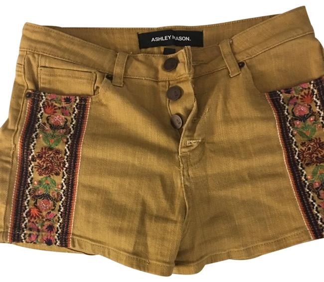 Item - Yellow Embroidered Shorts Size 8 (M, 29, 30)