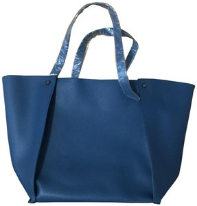 Neiman Marcus New Tote in Blue