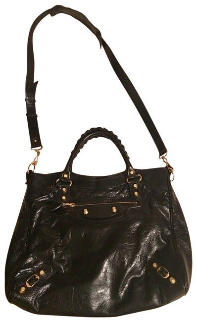 Item - Agneau Giant 12 In Ghw Nero Lambskin Leather Messenger Bag