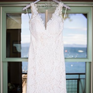 BHLDN Ivory/Champagne Lace Carson Gown Feminine Wedding Dress Size 4 (S)