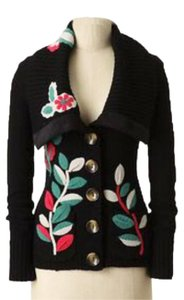 Anthropologie Soft Washable Wool Flower Appliques Button Front Front Pockets Ribbed Trim Cardigan