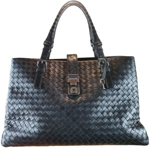 Bottega Veneta Satchel Tote in black