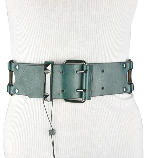 Preload https://img-static.tradesy.com/item/24061578/bcbgmaxazria-green-bcbg-faux-leather-wide-stretch-buckle-belt-0-1-540-540.jpg