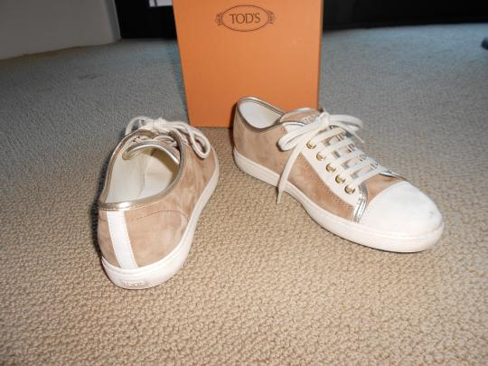 Tod's camel Athletic