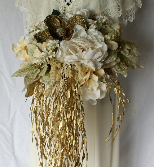 Ivory and Gold Winter Christmas Silk Bridal Bouquet Ceremony Decoration