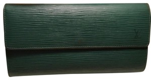 Louis Vuitton LV Epi Green Wallet with KeyHolder