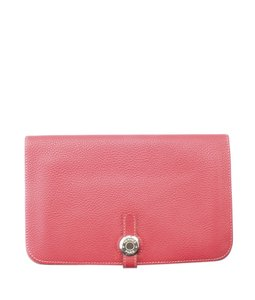 d18bbbc6fa8 Hermès Red Dogon Combined Rubis Clemence Leather (154975) Wallet ...