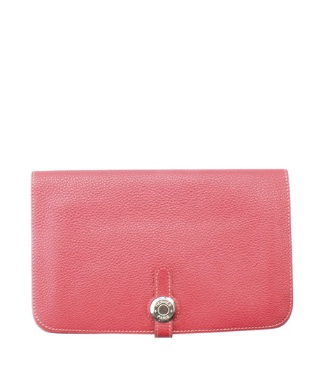 Preload https://img-static.tradesy.com/item/24062434/hermes-red-dogon-combined-rubis-clemence-leather-154975-wallet-0-0-540-540.jpg