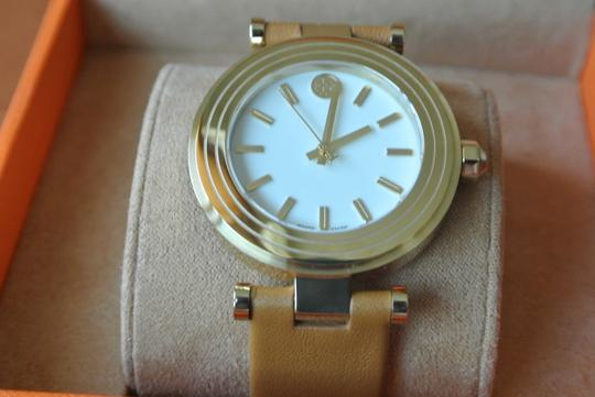 Tory Burch CLASSIC-T 35 MM LUGGAGE LEATHER WATCH