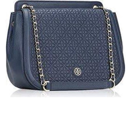 Preload https://img-static.tradesy.com/item/24062748/tory-burch-bryant-quilted-blue-leather-with-gold-accents-shoulder-bag-0-0-540-540.jpg