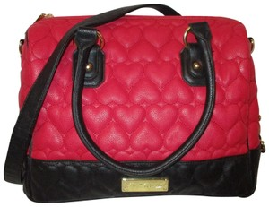 Betsey Johnson Faux Leather Satchel Man Made Large 002 Cross Body Bag