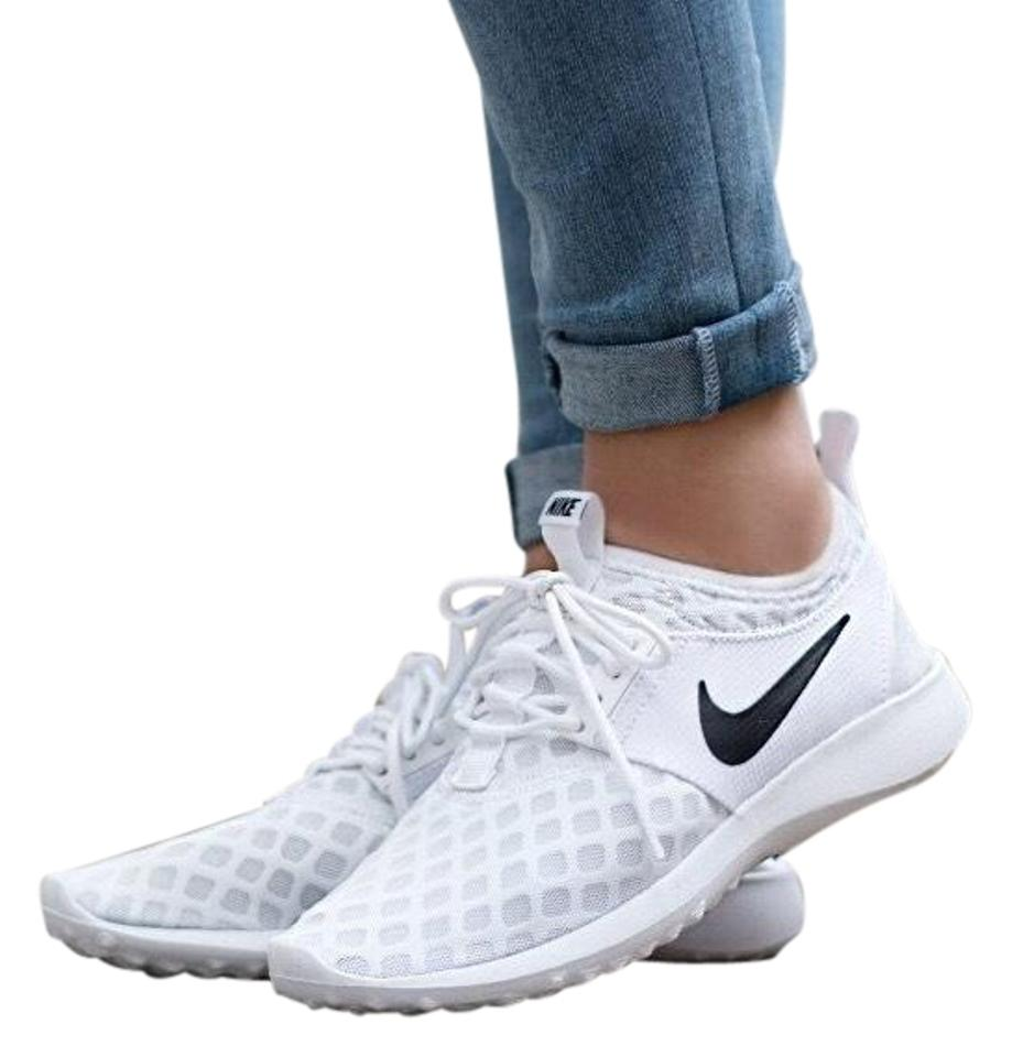 79366642271d9 Nike Women's Juvenate Premium Made with A Super Flexible Mesh Upper For  Breathability and An Innovative For Sneakers