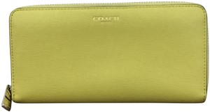 Coach Wallet Purse Luggage Wallet Saffinano Wristlet in yellow