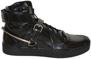 cb653b79 Black Gucci Sneakers - Up to 90% off at Tradesy