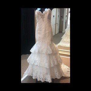 Mori Lee Ivory Lace 2810 Traditional Wedding Dress Size 10 (M)