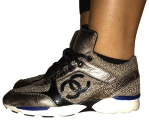 Chanel gold tweed Athletic
