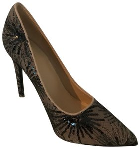 Shoe Republic LA Black Pumps