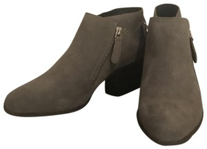 Vaneli Suede Gray/Taupe Boots