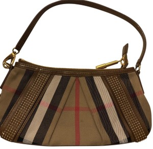 Burberry Chic Luxury Shoulder Bag