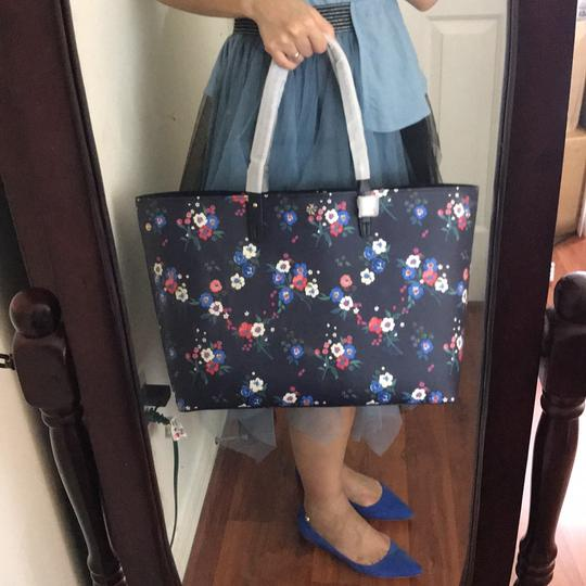 Tory Burch Tote in pansy bouquet