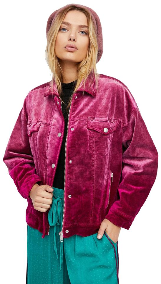 f478b37533b0 Blogger Sarah Lindner of The House of Sequins wearing free people sunday  funday tucker denim jacket. Free People Velvet Trucker Style Cropped Lined  Fuchsia ...