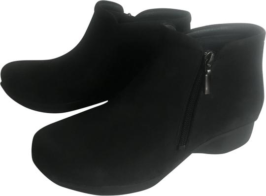 Preload https://img-static.tradesy.com/item/24070490/dansko-black-lee-nubuck-bootsbooties-size-eu-37-approx-us-7-regular-m-b-0-1-540-540.jpg
