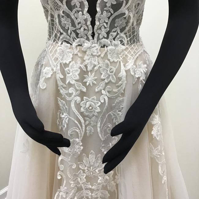 Calla Blanche Ivory/Nude Lace Tulle 17254 Odelia Traditional Wedding Dress Size 8 (M) Calla Blanche Ivory/Nude Lace Tulle 17254 Odelia Traditional Wedding Dress Size 8 (M) Image 5