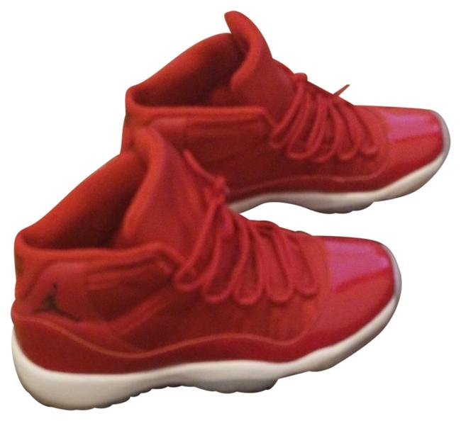 Item - Red and Only Wore Twice. No Bad Smell. No Marks Or Scuffs. 11 Retro Bg Sneakers Size US 7 Regular (M, B)